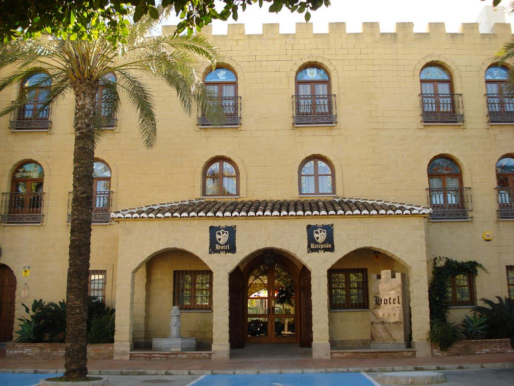 Plaza Del Castillo Hotel Opened In January 2017 A Newly Built Meval Style With Interior Gardens And Large Events Rooms Ideal For All Types Of